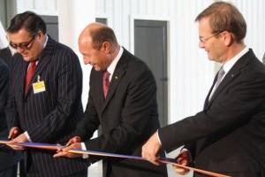 Galerie Foto: Traian Basescu a inaugurat Renault Technologie Roumanie