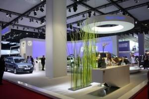 PARIS LIVE: Standul Dacia, intre Mercedes si BMW