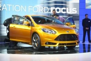 PARIS LIVE: Standul Ford prezinta noua gama Focus