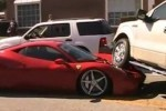 VIDEO: Ferrari 458 Italia strivit de un Ford F-150