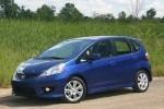 Honda Fit se vinde mai bine decat Toyota Prius