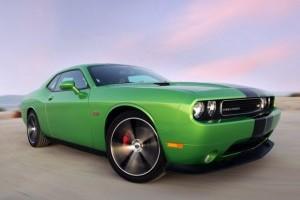 Dodge Challenger se inverzeste de invidie