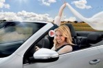 VIDEO: Kylie Minogue promoveaza noul VW Golf Cabriolet