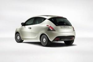 Chrysler renunta la modele entry-level bazate pe FIAT