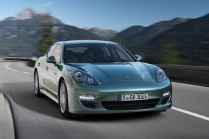 Porsche Panamera Diesel, 1.200 km cu un plin!