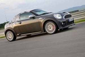 MINI Coupe – plăcerea condusului accelerează