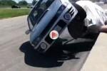VIDEO : Subaru Impreza WRX se răstoarnă in fata spectatorilor în Canada.