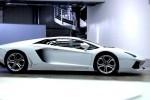 VIDEO: Iată cum ia naştere un Lamborghini Aventador