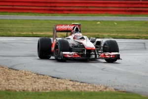 Button, nemultumit de conditiile de la Silverstone