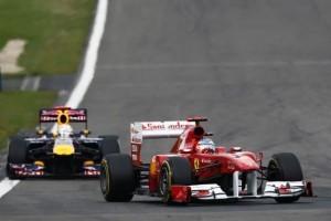 Alonso: Vettel n-are de ce sa-si faca probleme