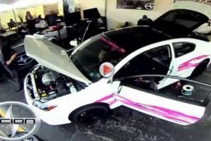 VIDEO: Cum  poti  modifica o masina in 6 ore