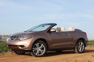 """Nissan Murano Cross Cabriolet numita  """"cea mai urata masina din 2011"""""""