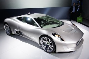 Tata Motors investeste in Jaguar si Land Rover