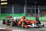 Whitmarsh il apara pe Lewis Hamilton