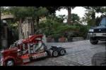 VIDEO: Un camion la scara 1:4