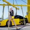 FOTO: Fete tuningate si masini frumoase... sau invers?