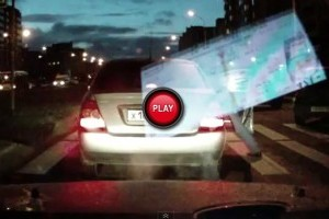 VIDEO: In Rusia, traversarea unei strazi e o joaca cu hazardul!