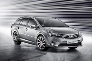 Toyota incepe productia Avensis