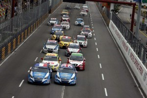 Pentru a doua oara dubla victorie Chevrolet in Campionatul Mondial de Turisme (WTCC)