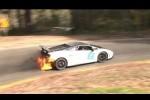 Lamborghini Gallardo trece linia de sosire in flacari