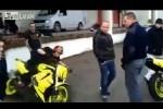 VIDEO: Cum sa enervezi oamenii cu motocicleta