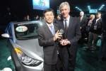 Hyundai Elantra si Range Rover Evoque sunt masinile anului 2012