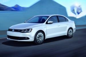 VW prezinta noua Jetta Hybrid