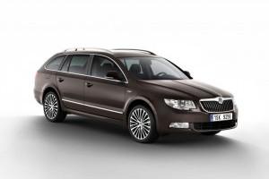 """SKODA Superb castiga sondajul cititorilor """"2012 Best Car"""""""