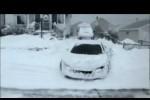 VIDEO: Iernile grele ne cer sa conducem Audi R8