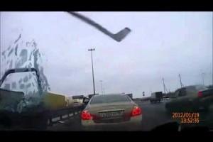 VIDEO: Un accident stupid de pe la rusi