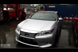 Noul Sedan Lexus ES si-a facut aparitia in China