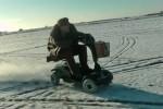 VIDEO: Cu scuterul pentru persoane cu dizabilitati pe gheata