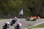 Iata de ce trebuie sa poarte toti motociclistii casca