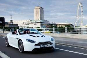 Imagini noi cu viitorul Aston Martin V12 Vantage Roadster