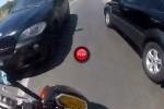 VIDEO: Iata ce se intampla atunci cand faci depasiri pe linie continua