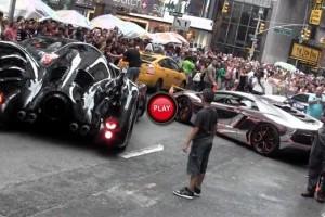 VIDEO: Un Aventador cromat, un Batmobil, dar si un Viper ACR s-au intalnit in New York