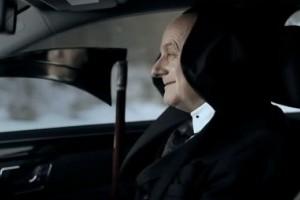 VIDEO: Cum sa sfidezi Moartea alegand un model Mercedes
