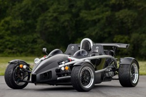Pana si Bugatti Veyron s-ar speria de acest Ariel Atom de 700 CP