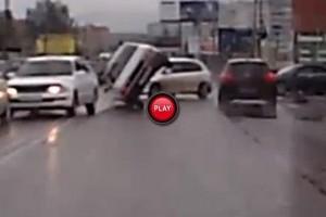 Intre timp in Rusia - Accidente, acrobatii si interventia mafiei