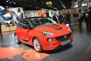 Paris 2012 - Opel Adam intra pe scena