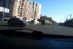 Intre timp in Rusia - Cu masina in firele troleibuzului