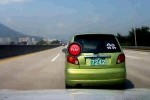 Micul gigant (Matiz) luat in colimator pe o autostrada din Coreea