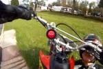 VIDEO: Iata cum casca poate salva viata motociclistilor