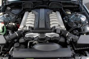 25 de ani de motoare BMW cu 12 cilindri
