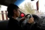 VIDEO: A furat Infiniti-ul tatalui pentru o plimbare