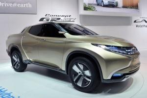 Geneva 2013: Mitsubishi GR-HEV Concept