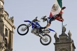 Red Bull X-Fighters: Seria mondiala de Freestyle-Motocross incepe in Mexico City