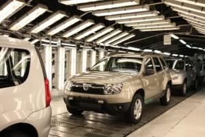 Angajatii Dacia au reluat lucrul