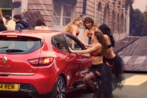 Noul Renault Clio apare intr-o reclama simpatica: