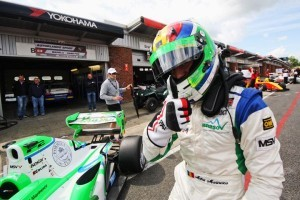 Mihai Marinescu concureaza in acest sezon in World Series by Renault